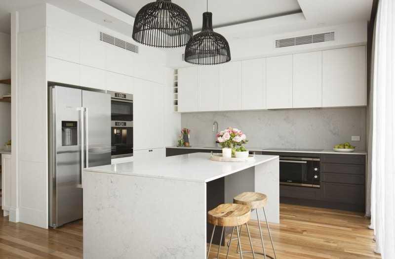 Как правильно обустроить кухню в частном доме